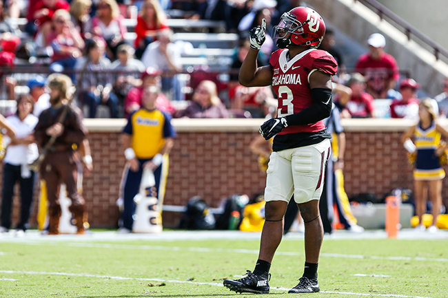 PLAYERSTOWATCH_FB_OUvsWVU-9_Courtesy+of+Tyler+Woodward-The+Daily