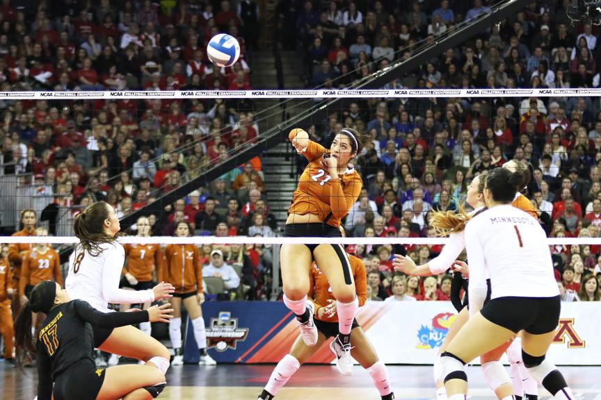 VolleyballNCAAChampionship_TexasvMinnesota_JoshuaGuerra2web2