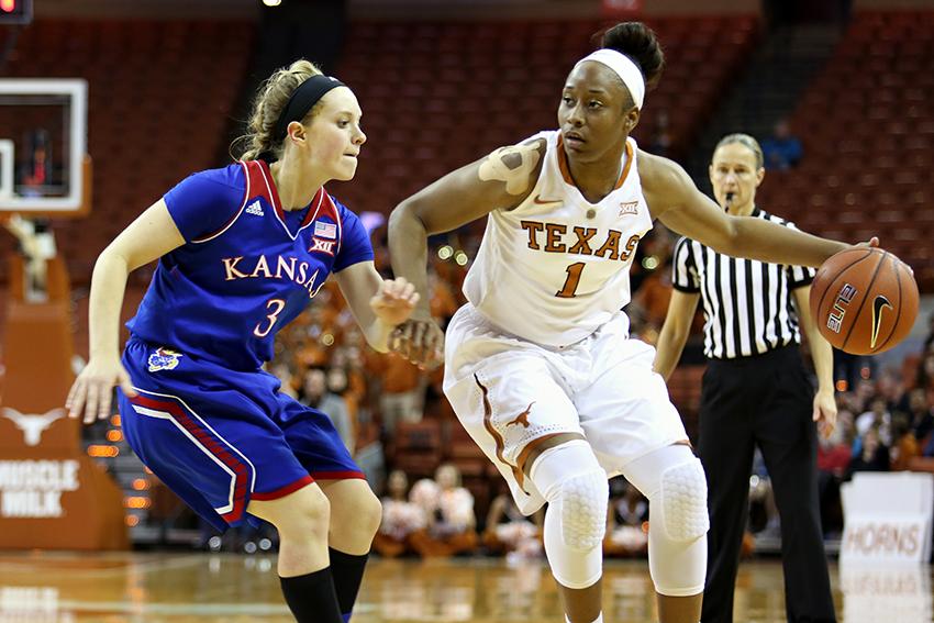 2016-01-27_Texas_v_Kansas_1000thGame_Stephanie