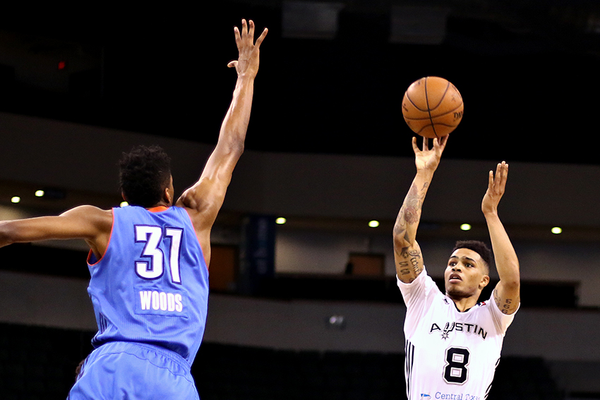 2016-02-21_Austin_Spurs_vs_Oklahoma_City_Blue_Joshua