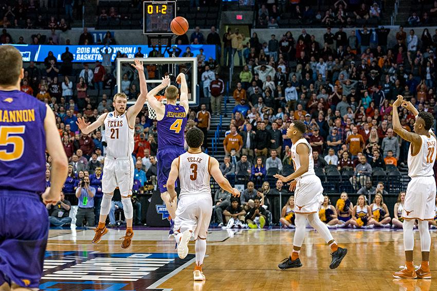 2016-03-18_Mens_NCAA_Tournament_Round1_Gabriel