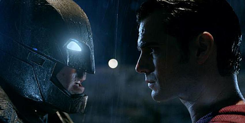 batman-v-superman_courtWarnerBrosPictures