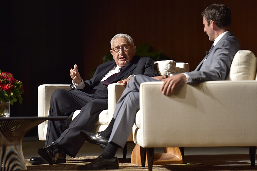 2016-03-30_Kissinger_Gabriel