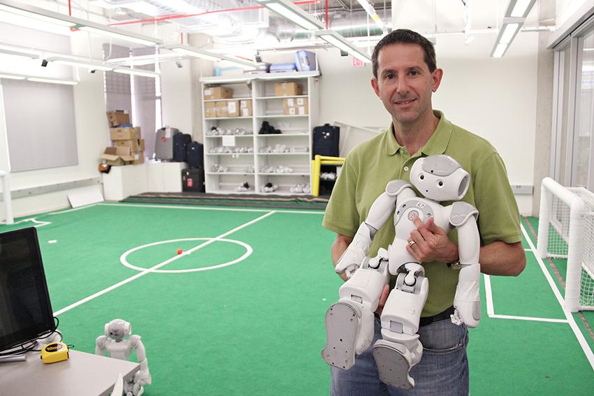 2016-04-05_Robot_Soccer_Emmanuel