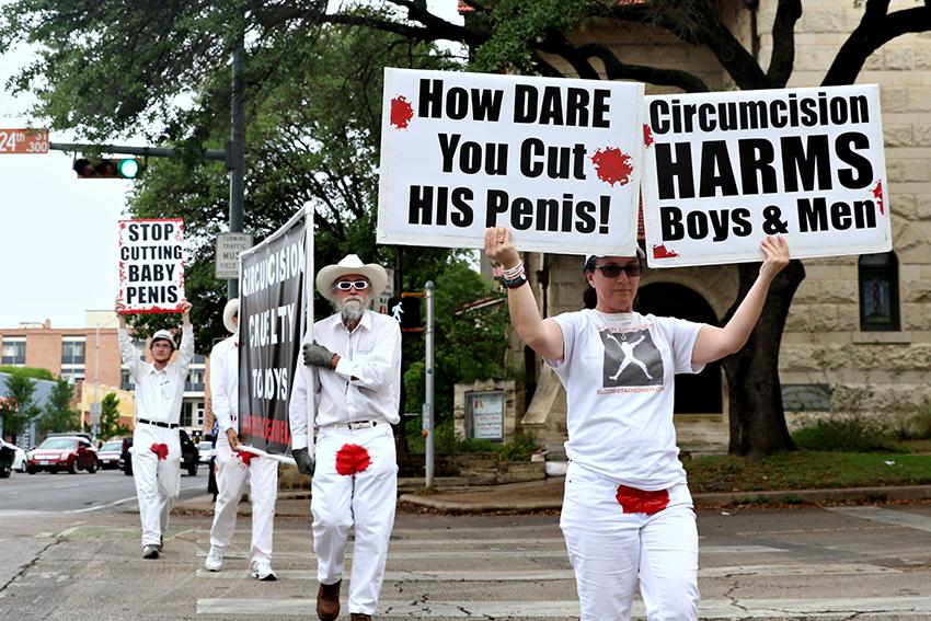 2016-04-14_Circumcision_Protest_Joshua