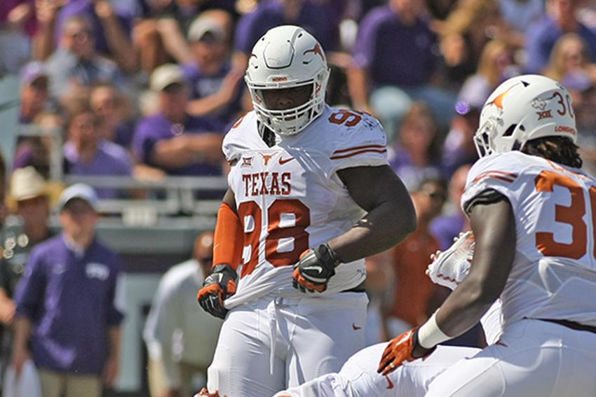 2015-10-03_Texas_vs_TCU_Daulton
