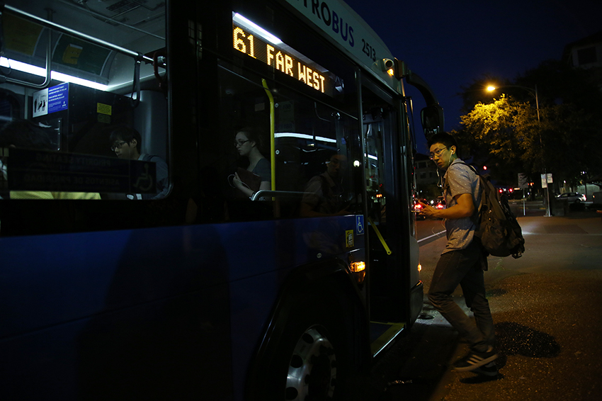 2016-05_05_Late_Night_Buses_Juan