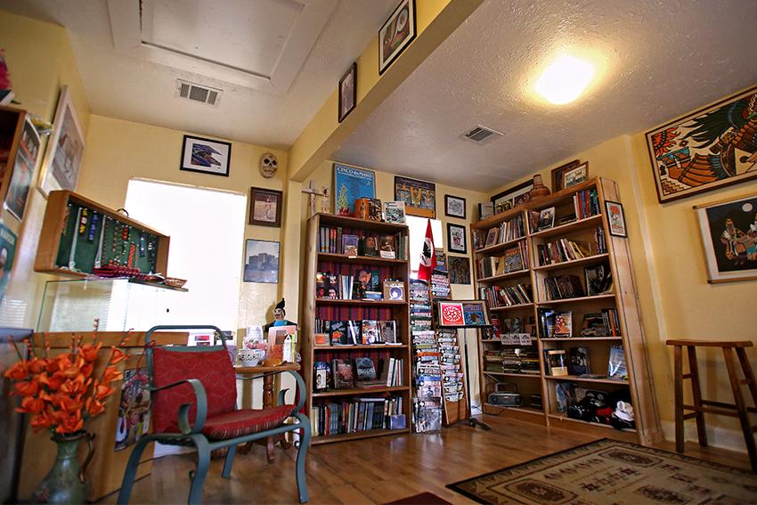 2016-06-20_Resistencia_Bookstore_Rachel