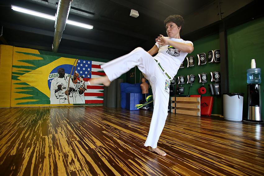 2016-06-30_Capoeira_Dancer_Rachel
