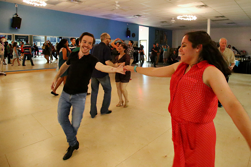 2016-06_27_salsa_dancer_Rachel