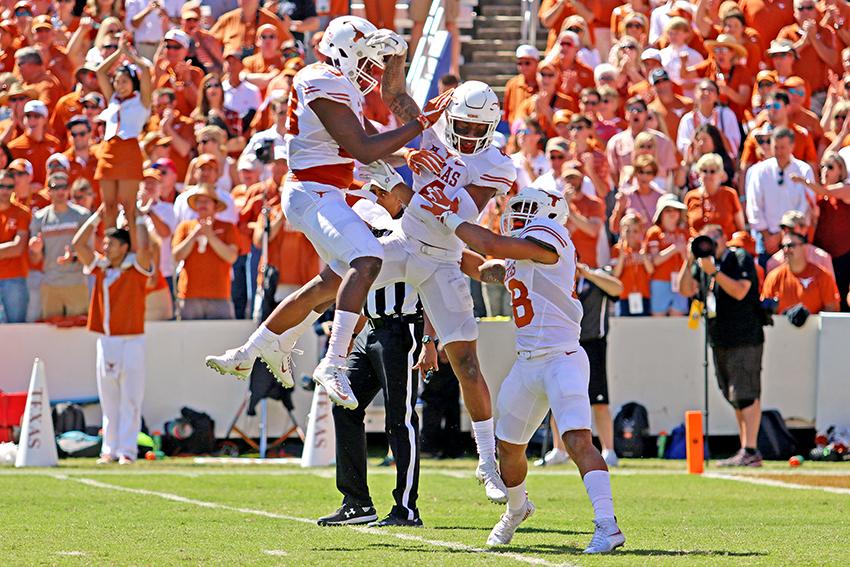 2016-10-08_Texas_vs_OU_Joshue