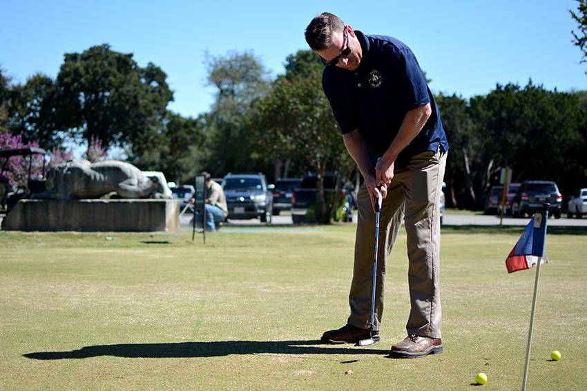 2016-10-12_Lion_Municipal_Golf_Course_Chase