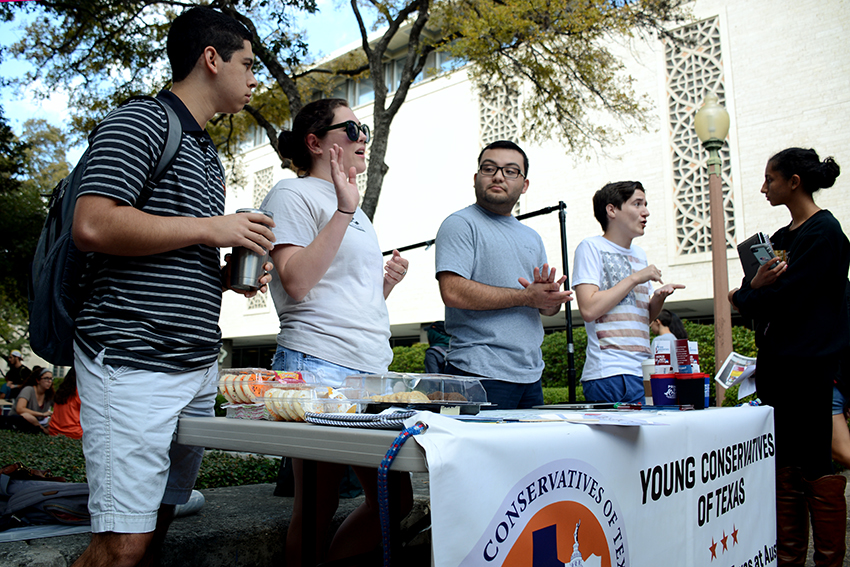 2016-10-26_Young_Conservatives_Club_Bake_Sale_Katie