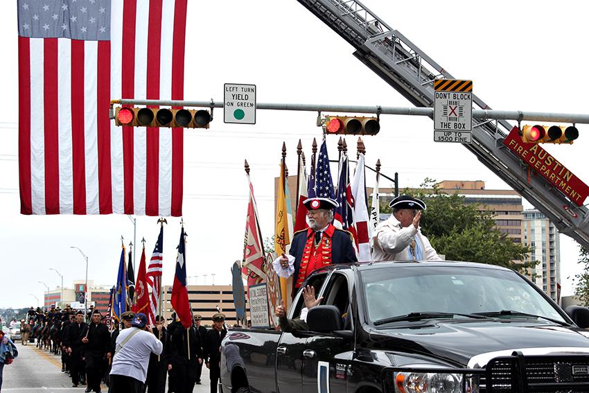 2016-11-11_Veteran's_Day_Parade_Carlos