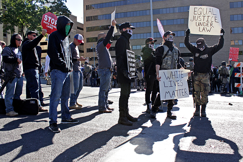 2016-11-16_White_Lives_Matter_Protest_Carlos