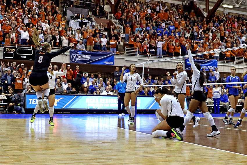 NCAA_Elite8_Texas_vs_Creighton_Joshua