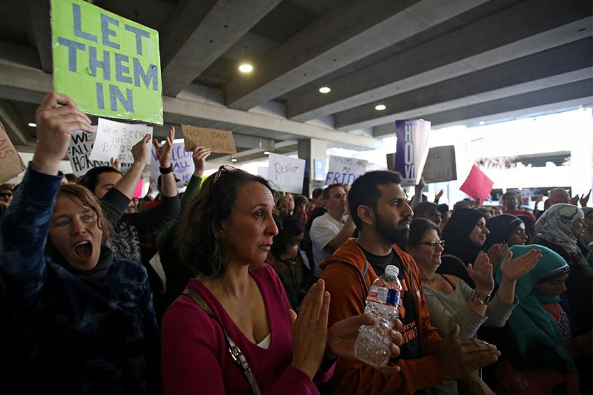 2017-01-30_airport_protest_muslim_ban_rachel