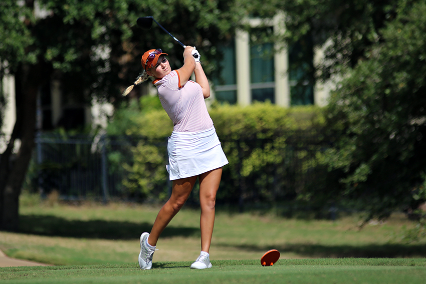 2016-10-18_Women's_Golf_Juan