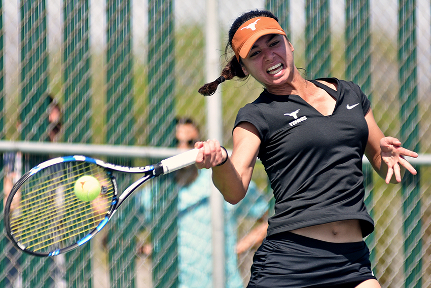 2016-03-07_Womens_Tennis_vs_Michigan_Zoe