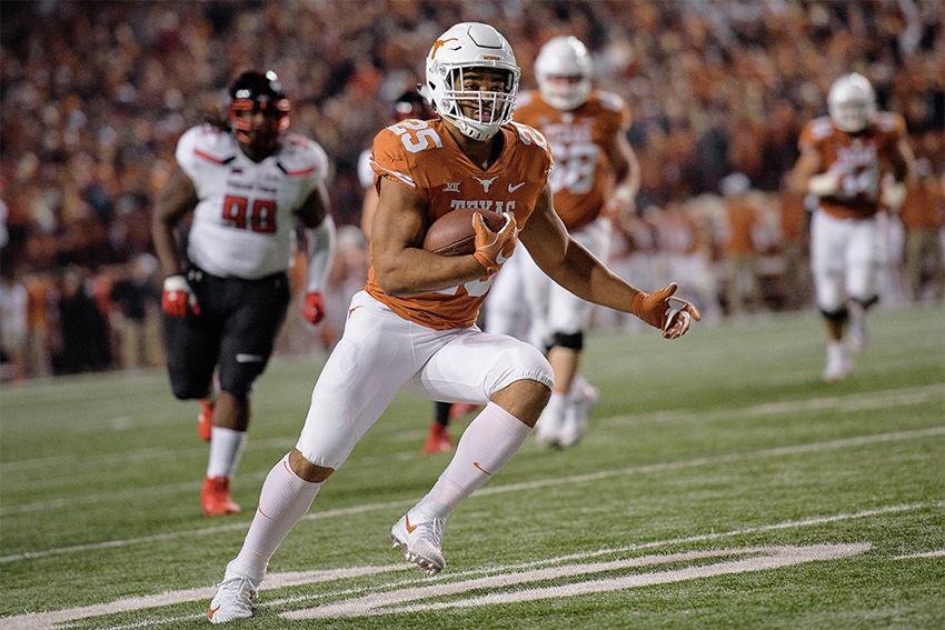 Chris_1128_11-27-2017_Football_Texas_v_Tech_Gabriel