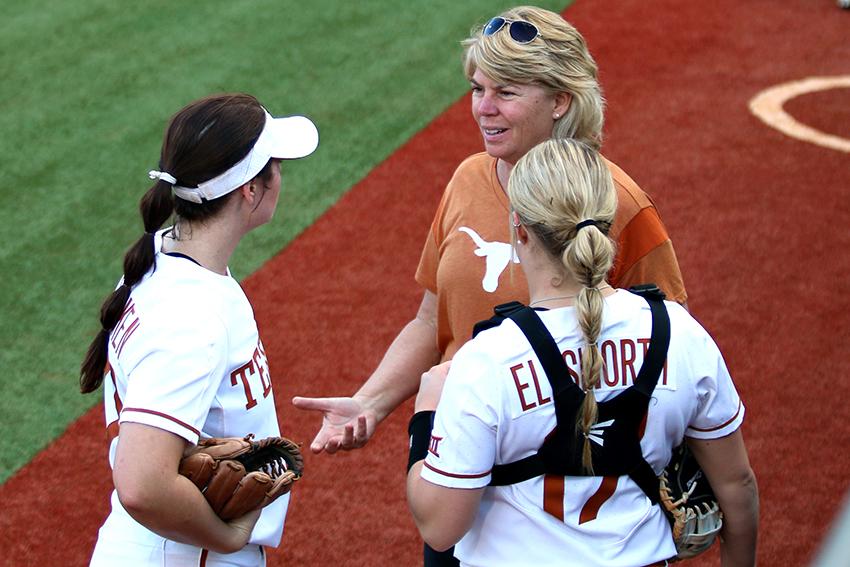 softball_2018-03-02_Texas_vs_Arizona_Brooke