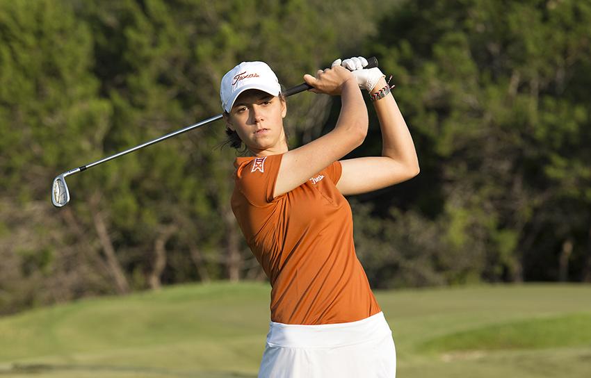 womens_golfs_feature_court