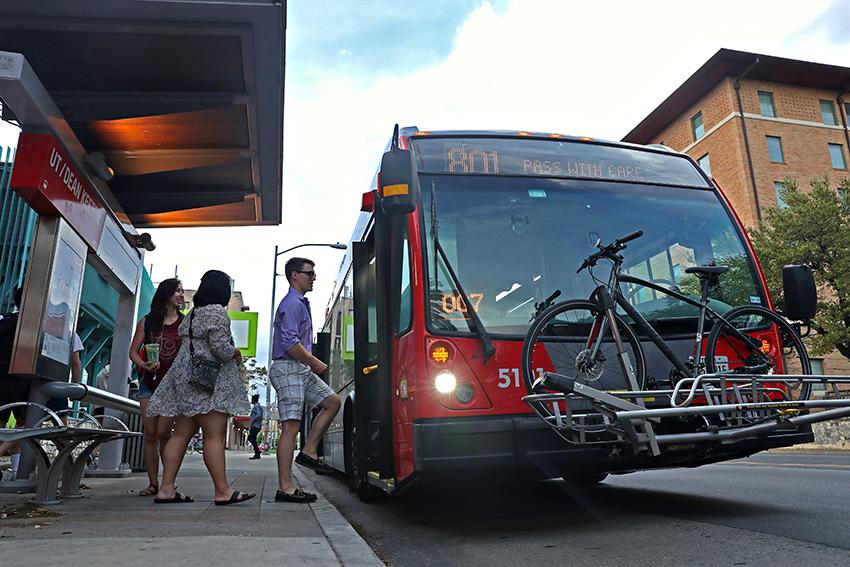 buses_2018-04-02_Buses_Joshua