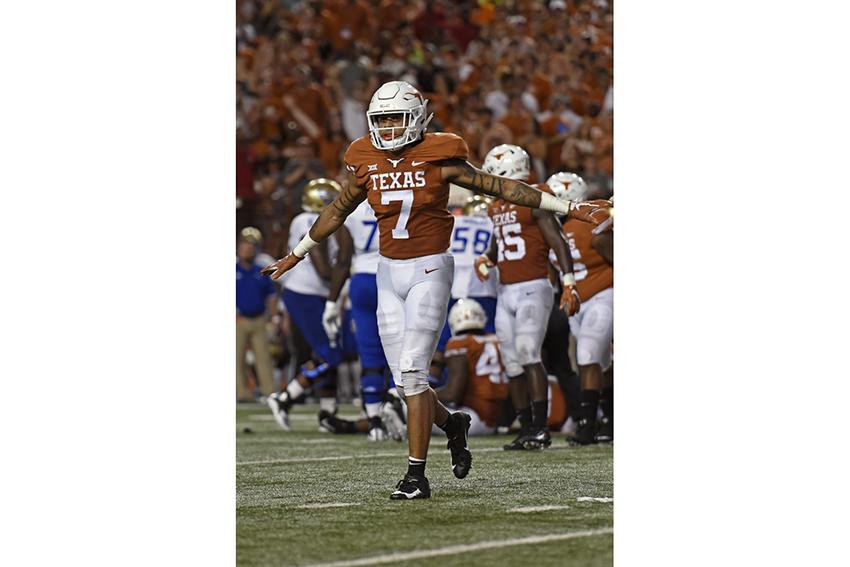 1Football_Feature_2018-09-10_Texas_v_Tulsa_Anthony