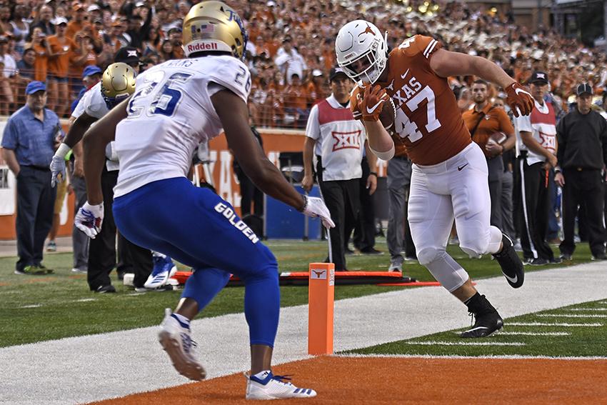 football_2018-09-08_Texas_v_Tulsa_Anthony