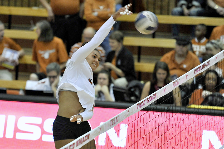 Volleyball2018-09-27_Texas_v_Baylor_Anthony