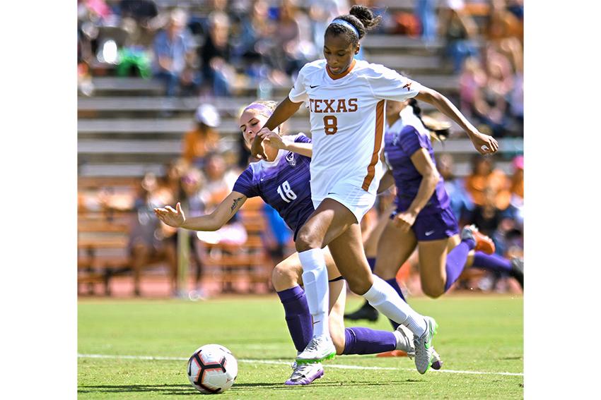 soccer_2018-10-22_Texas_v_Kansas_Soccer_Eddie