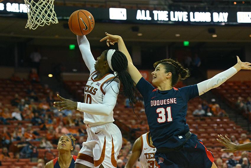 Basketball_2018-11-09_Texas_vs_Duquesne_Katie