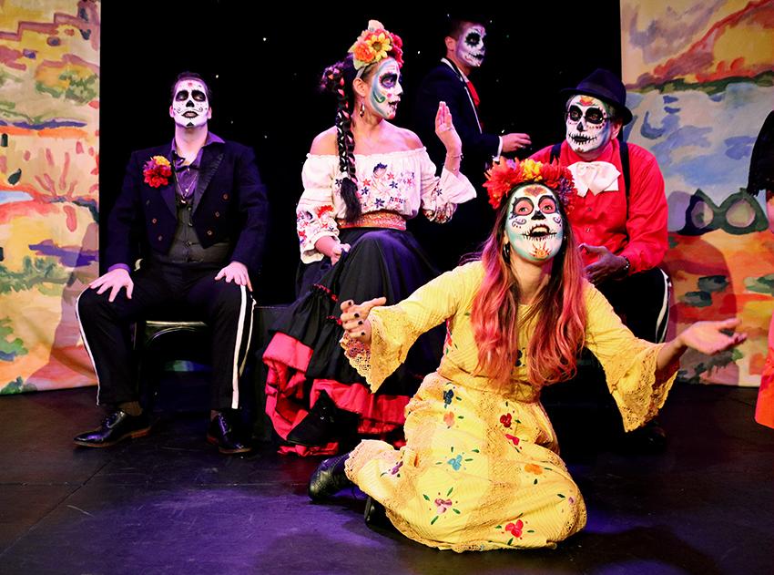 La_vida_de_los_muertos2018-10-29_The_Hideout_Theatre_+Samantha