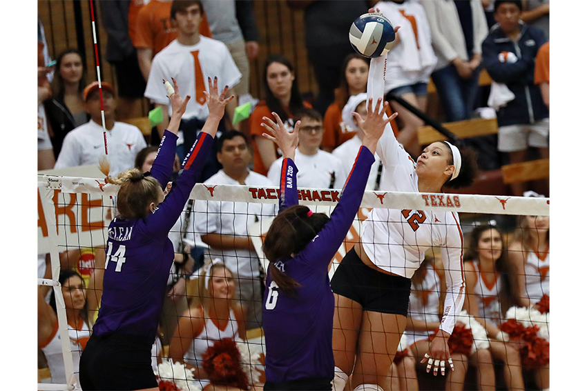Volleyball2018_10_15_Texas_vs_TCU_Dakota
