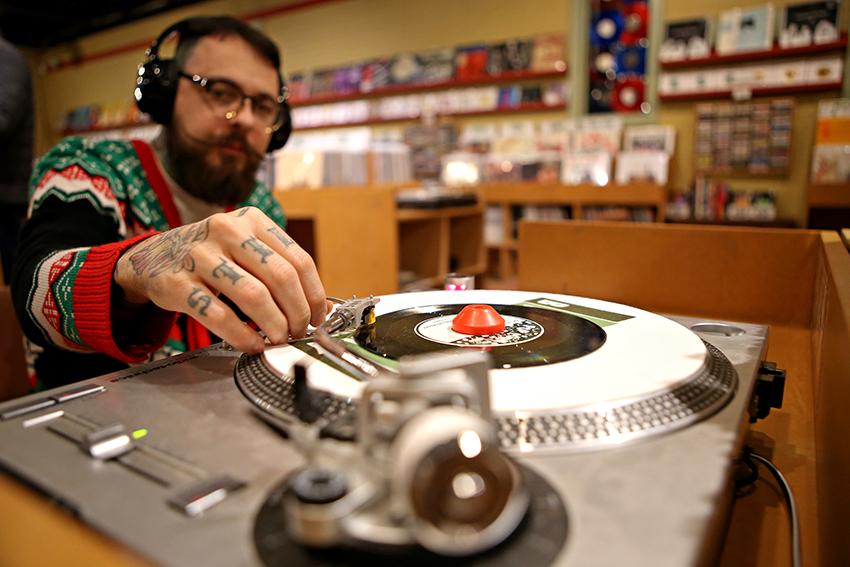 record_2018-12-04_Record_store_Pedro