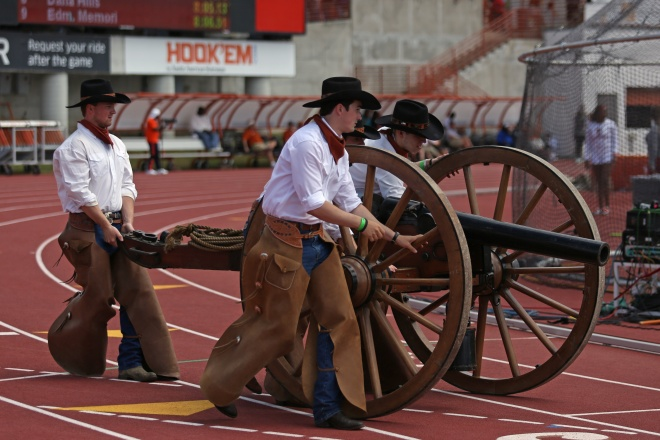 Texas_Cowboys_2018-03-31_Texas_Relays_Angela