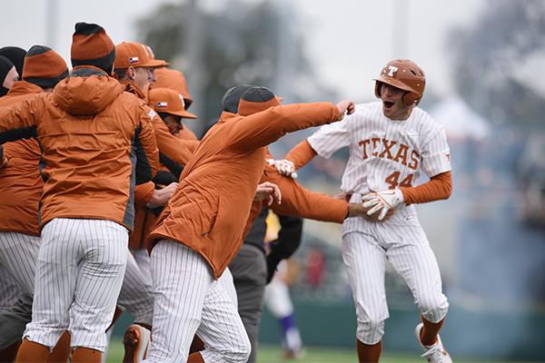 Austin_Todd_2019-03-03_Baseball_vs_LSU_Eddie