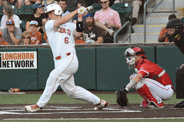 Baseball_Brief_2018-04-25_Texas_Baseball_vs_Houston_Katie
