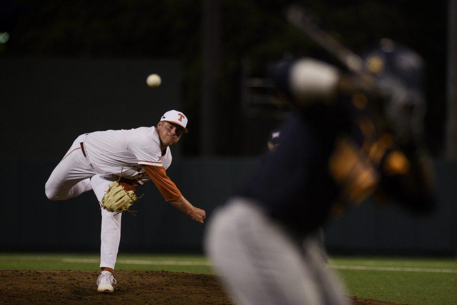 20190426-Baseball_vs_W_Virginia_Eddie