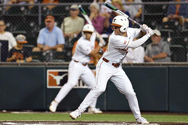 Lance_Ford_2019-04-29-Texas_Baseball_v_W_Vriginia_Eddie