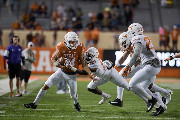 Whittington_2019-04_15_ Texas_Spring_Game_Eddie