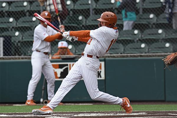 baseball_2019-04-01_Texas_vs_Xavier_Katie