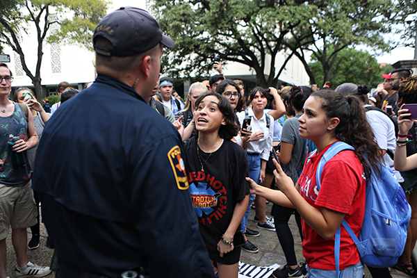police_2018-10-02_YCT_Kavanaugh_Angela