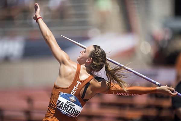 zamzow_ashtin_68_ncaa_p1905_Courtesy_of_Patrick Meredith_of_Texas Athletics
