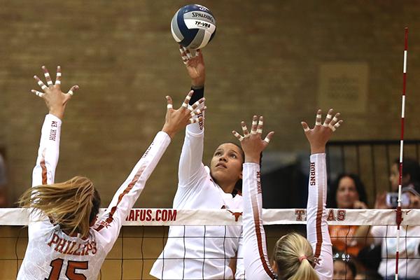 volleyball_WHITE_2019-08-17_Texas_Volleyball_Orange-White_Scrimmage_Joshua