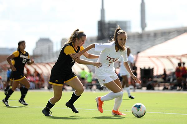 Grosso_2019-09-22_UT_vs_Grambling_State_Women's_Soccer_Dakota