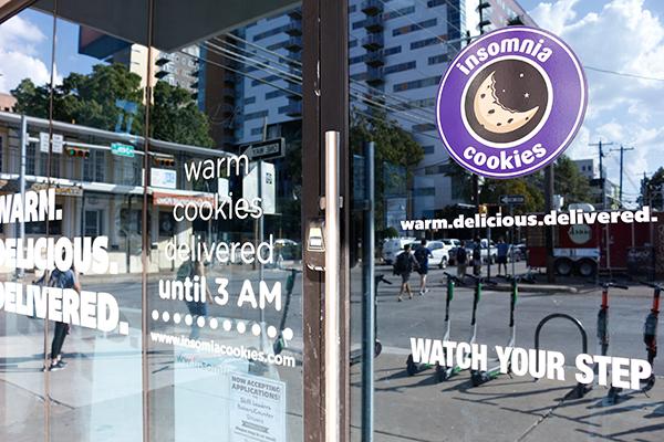 Insomnia_2019-10-09-Insomnia_Cookies_Belford