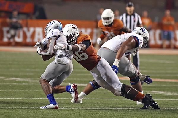 KANSAS_2019-10-12-Texas_v_Kansas_University_Joshua
