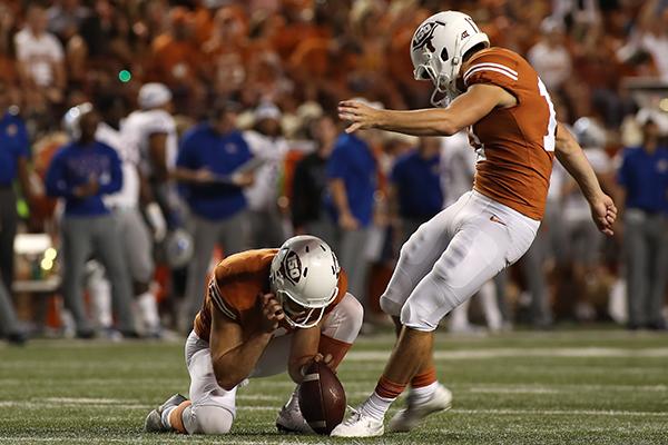 dicker_2019-10-12-Texas_v_Kansas_University_Joshua