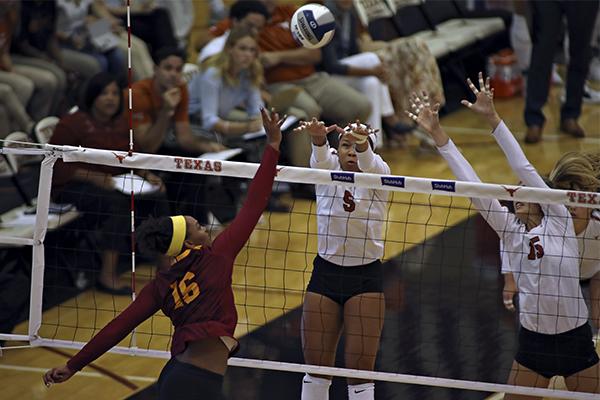 volleyball_2019-09-01-Texas_v_Southern_California_Joshua